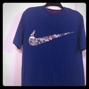 Nike Short Sleeve T-Shirt L